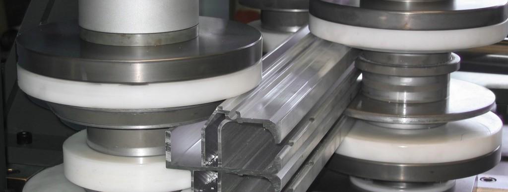 Versuchsabteilung für Musterfertigung - Thoman Biegemaschinen