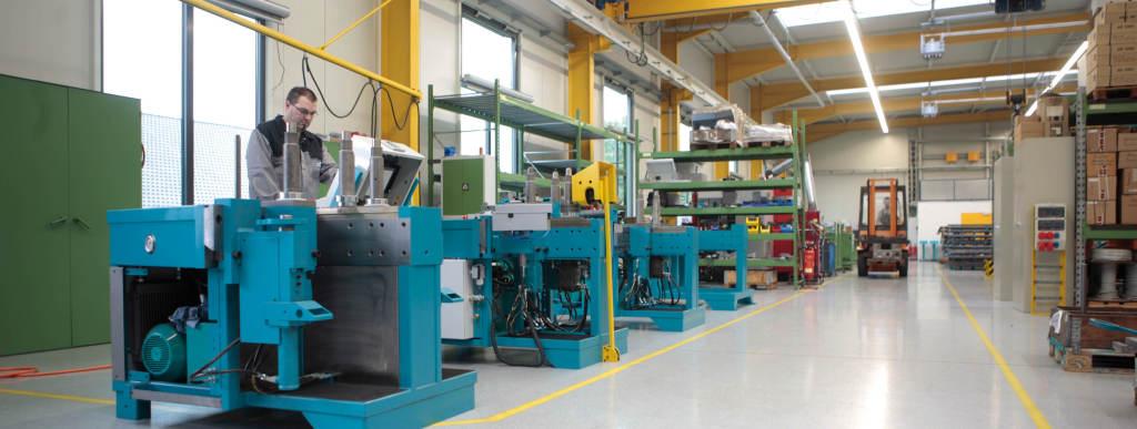 Ausbildung & Stellenmarkt - Thoman Biegemaschinen