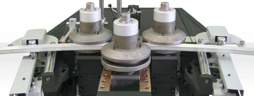Profilbiegemaschinen - Optionen & Zubehör - R-Control - Thoman Biegemaschinen